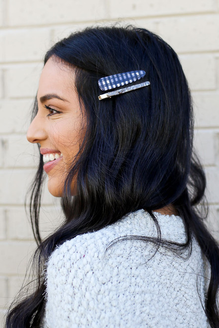 Grey - Model wearing the Buffalo Plaid Hair Clip Set