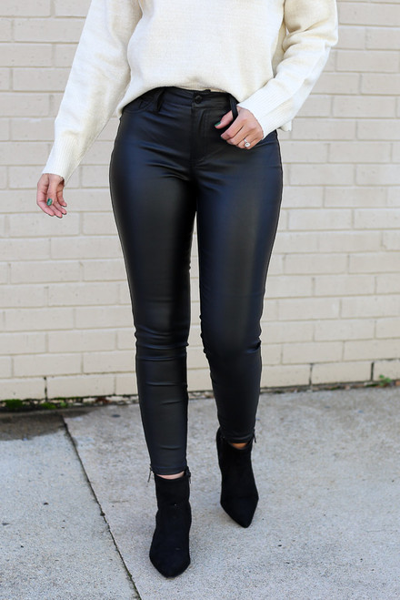 Black - Mid-Rise Faux Leather Skinny Jeans from Dress Up