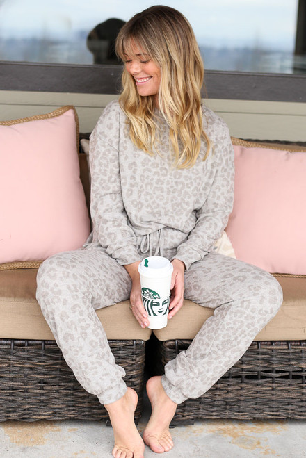 Grey - Model wearing the Leopard Brushed Knit Pullover