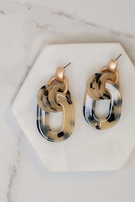 Black - Flat lay of the Acrylic Statement Earrings from Dress Up