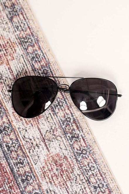 Black - Flat Lay of the Polarized Aviator Sunglasses
