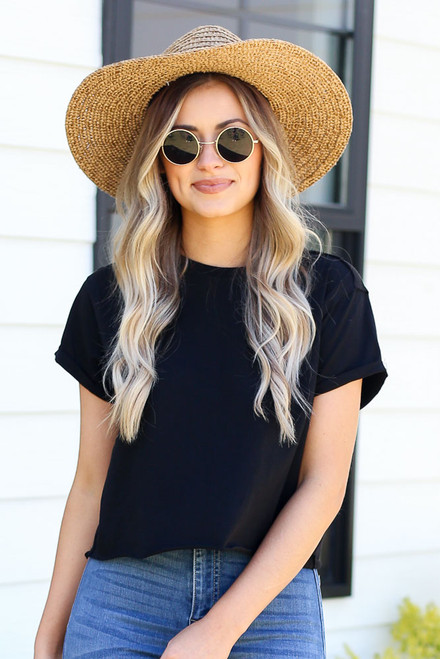 Black - cute raw hemline cropped tee