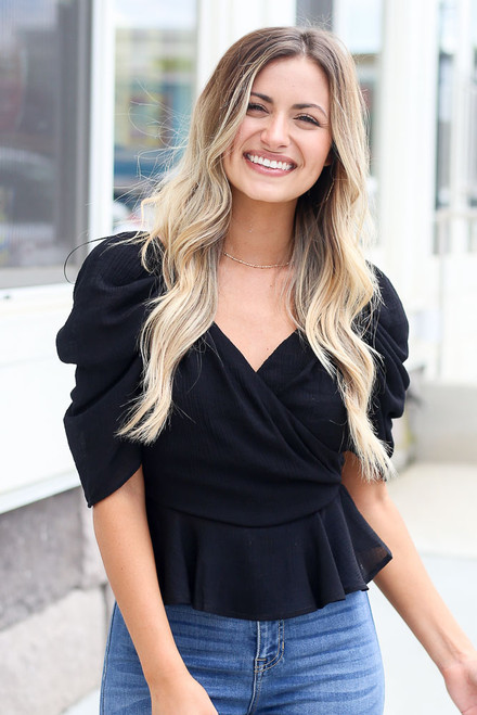 Black - cute puff sleeve top at dress up