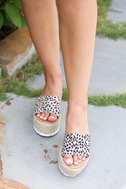 Spotted - platform espadrilles at dress up
