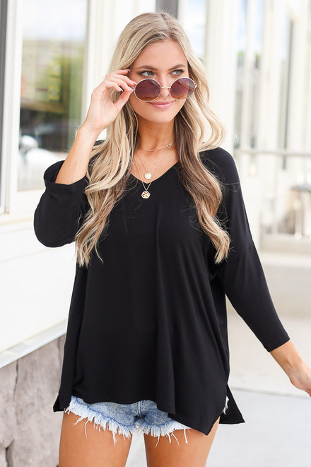 Black - 3/4 Sleeve V-Neck Tee