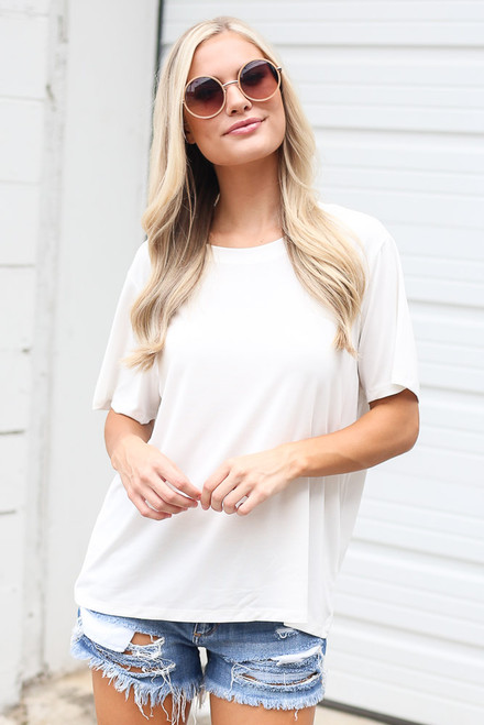 White - Model wearing the Relaxed Fit Basic Tee