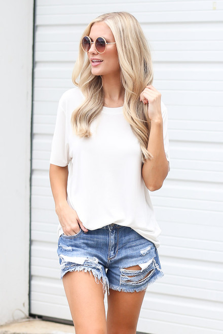 White - Dress Up model wearing the Relaxed Fit Basic Tee