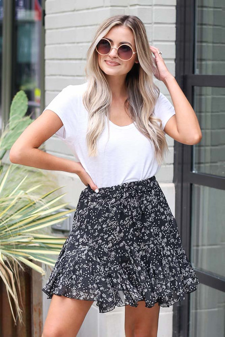 Black - Floral Swing Skirt