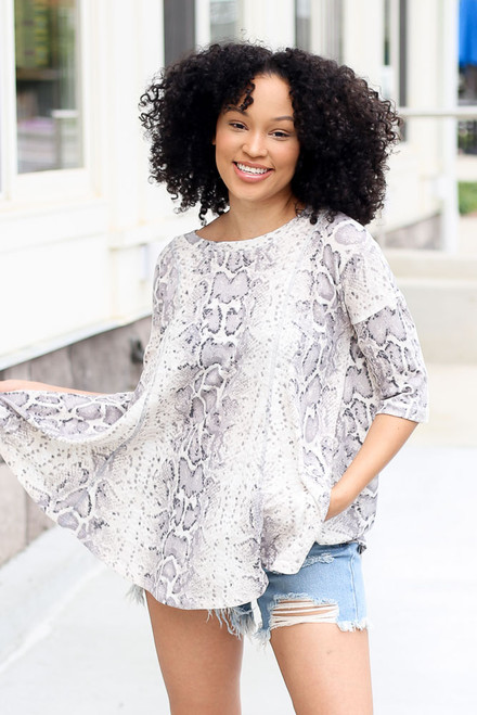 Taupe - Oversized Snakeskin Waffle Knit Top