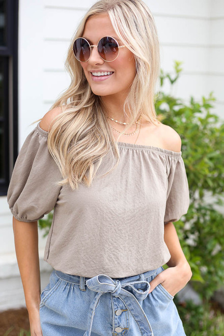Taupe - Model wearing the Puff Sleeve Top with denim shorts