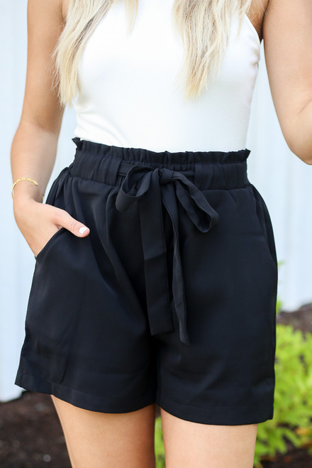 Black - Close Up of the Paperbag Waist Shorts