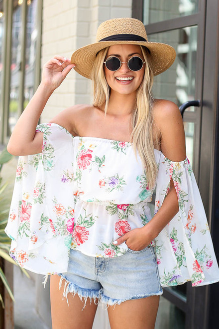White - Dress Up model wearing the Floral Off-the-Shoulder Blouse