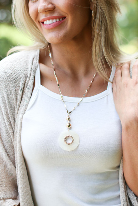 Ivory - Gold Pendant Necklace from Dress Up