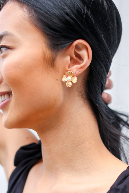 Gold - Flower Stud Earrings