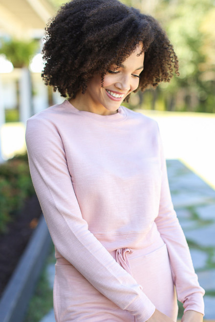 Blush - Model wearing a Cropped Pullover with the matching joggers