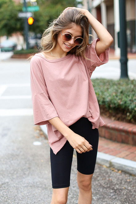Blush - Model wearing a Basic Oversized Tee