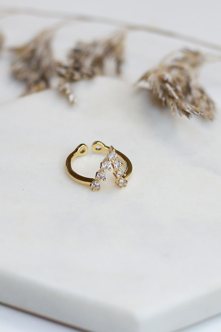 Gold - Rhinestone V Ring from Dress Up