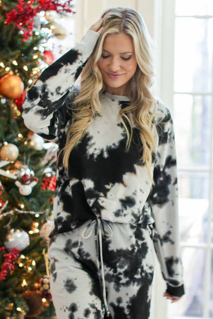 Charcoal - Oversized Tie-Dye Pullover from Dress Up