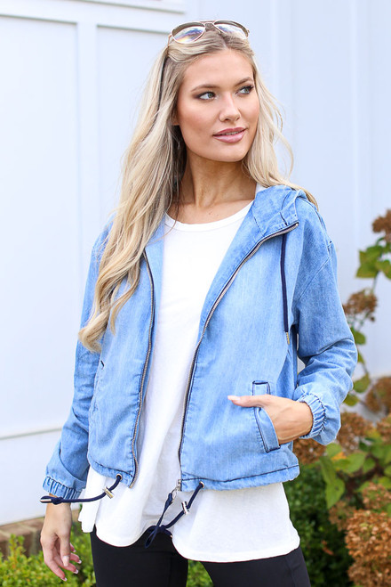 Light Wash - Hooded Denim Jacket
