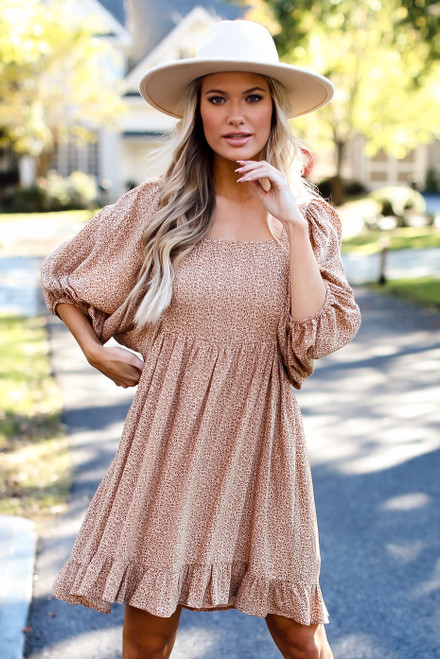 Taupe - Model wearing a Leopard Puff Sleeve Dress