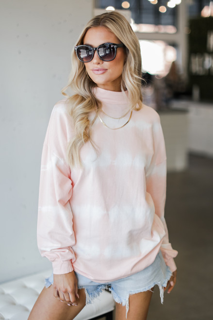 Peach - Model wearing an Oversized Tie-Dye Pullover