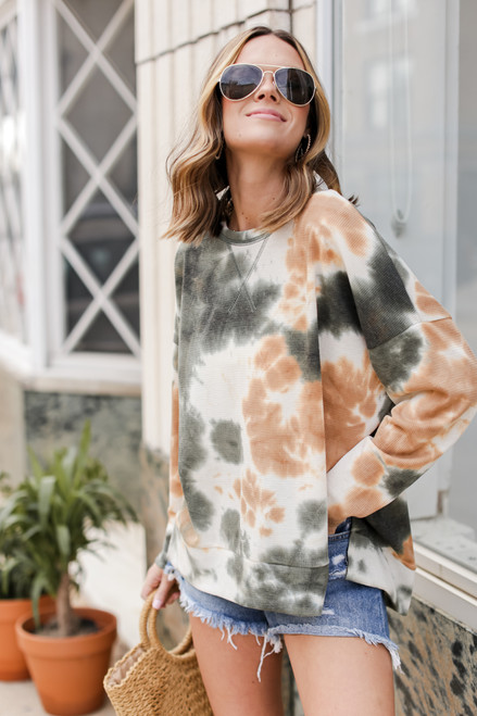 Green - Dress Up model wearing an Oversized Tie-Dye Pullover