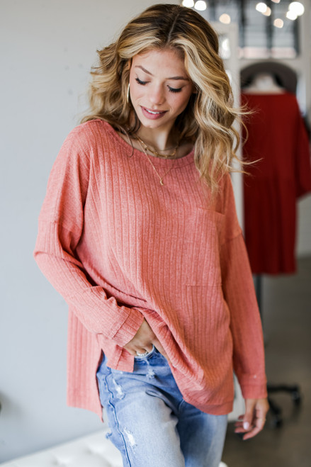 Coral - Oversized Ribbed Knit Top