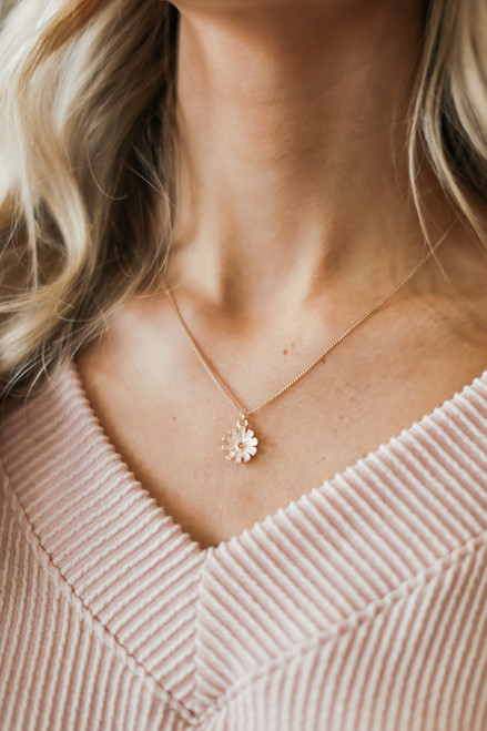 Blush - Flower Necklace
