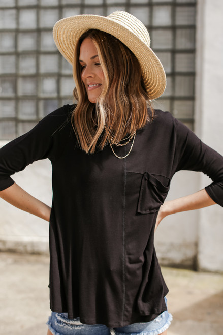 Black - Oversized Front Pocket Tee