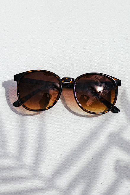 Tortoise - Round Sunglasses from Dress Up