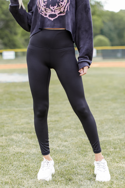 Black - High-Waisted 7/8 Leggings