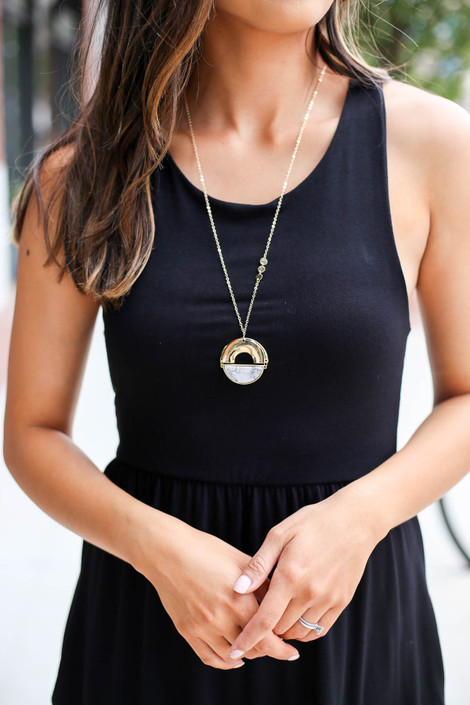 White - Marble Pendant Necklace on Model