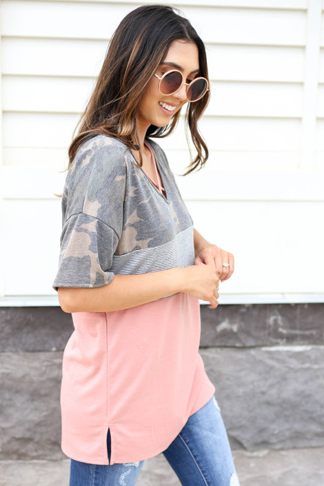Model wearing Peach, Camo and Striped Color Block Tee Side View