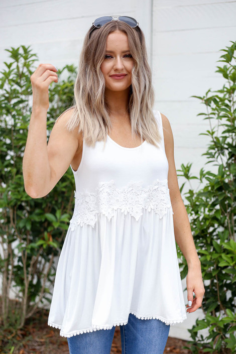 Model wearing White Crochet Lace Tank Top Front View