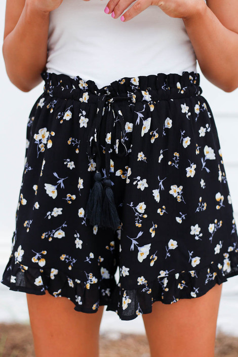 Black - Ruffled Floral Shorts Detail View