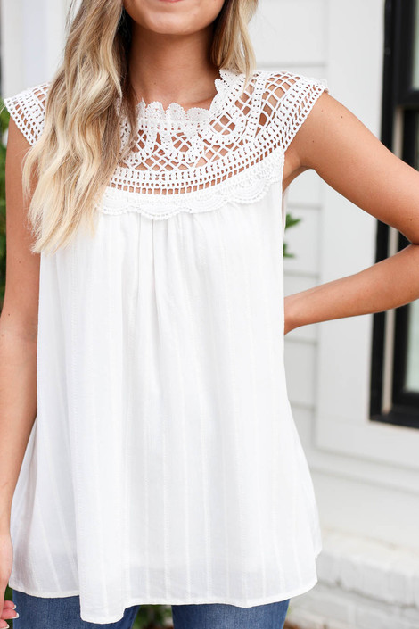 Model wearing White Crochet Neck Sleeveless Top Detail View