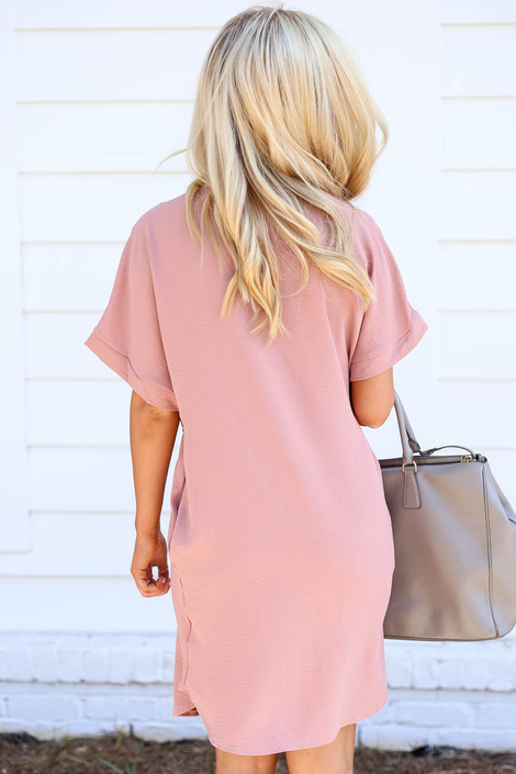 Model wearing Mauve Short Sleeve Drawstring Dress Back VIew