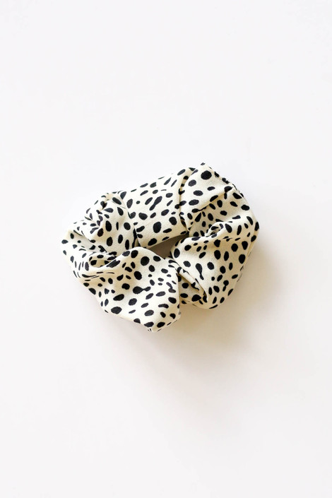 Ivory - Spotted Scrunchie Flat Lay