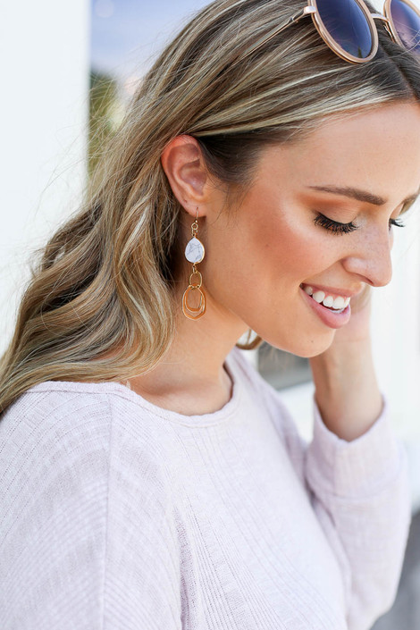White - Marble Drop Earrings on Model