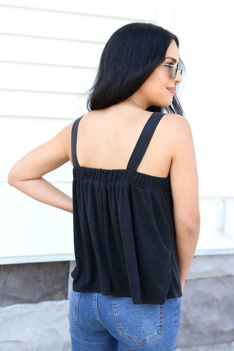 Model wearing Black Square Neck Flowy Tank Top Back View