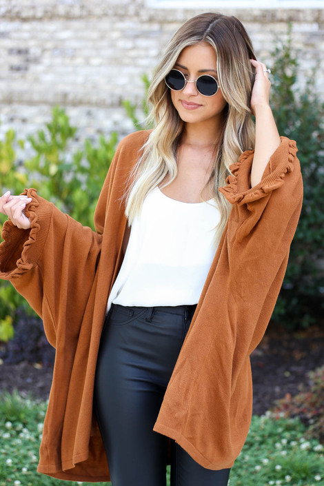 Model wearing Camel Oversized Ruffled Cardigan Side View