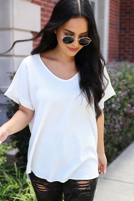 White - Scoop Neck Blouse