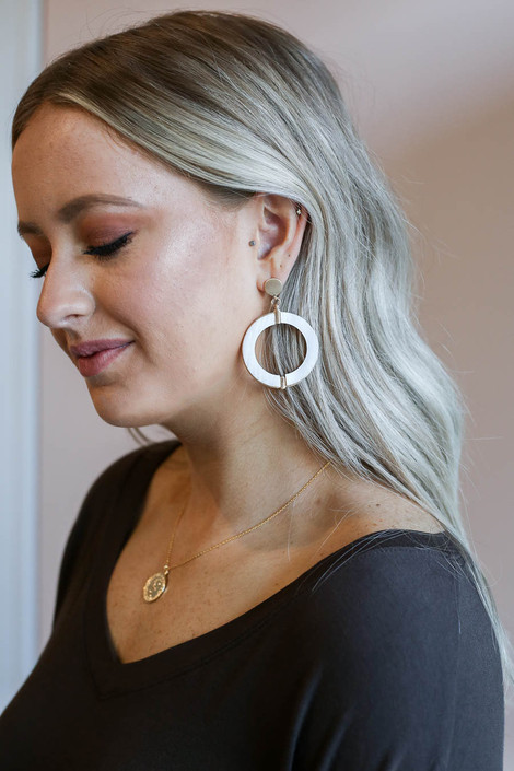 White - Round Statement Earrings