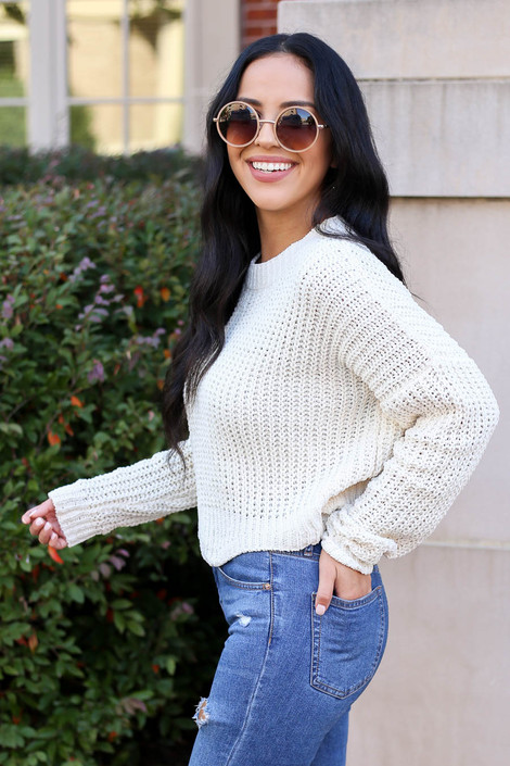 Ivory - Scalloped Chunky Knit Cropped Sweater Side View