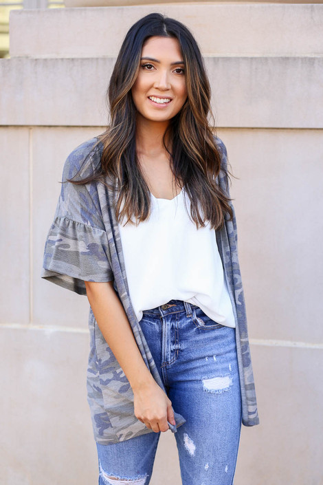 Model wearing Camo Ruffle Sleeve Short Sleeve Cardigan