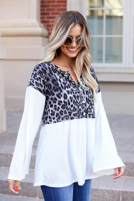 Model wearing Charcoal Leopard Contrast Waffle Knit Top Side View
