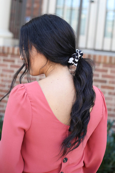 White - Leopard Print Scrunchie on Model