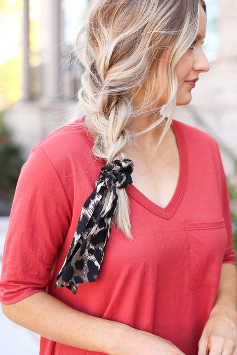 Taupe - leopard print scrunchie pony scarf on model