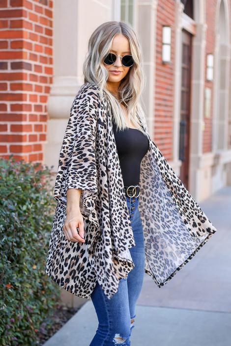 Model wearing Taupe Lightweight Leopard Print Knit Kimono from Dress Up Side View