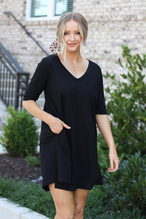 Black - V-Neck 3/4 Sleeve Pocket Dress